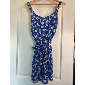 3 / $30! ♡ Vintage Blue Floral Summer Dress